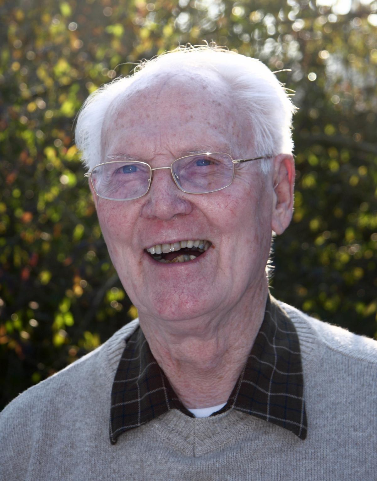 Friedjof van den Bergh overleden